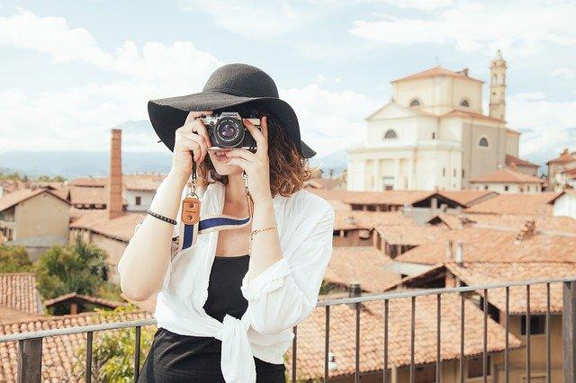 fotografující žena